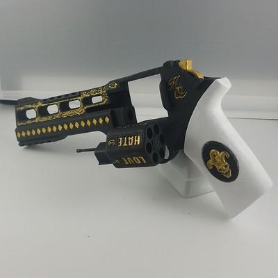 Harley Quinn - Rhino Handgun