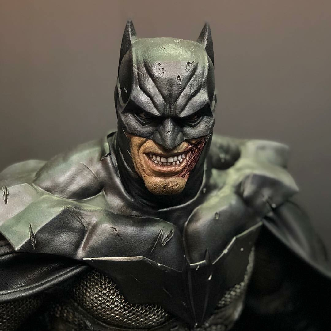 Lee Bermejo's Batman Design - Prime1 Studio