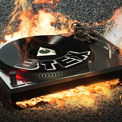 Christoph schindelar turntable on fire small