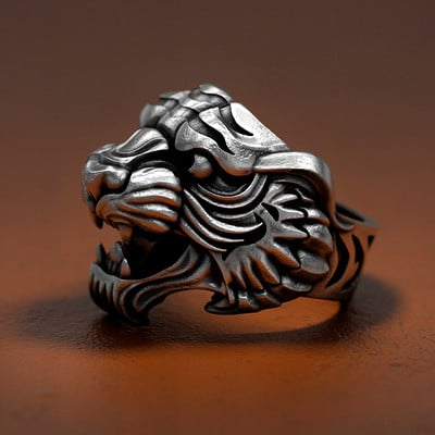Nacho riesco gostanza tiger tattoo ring 500k