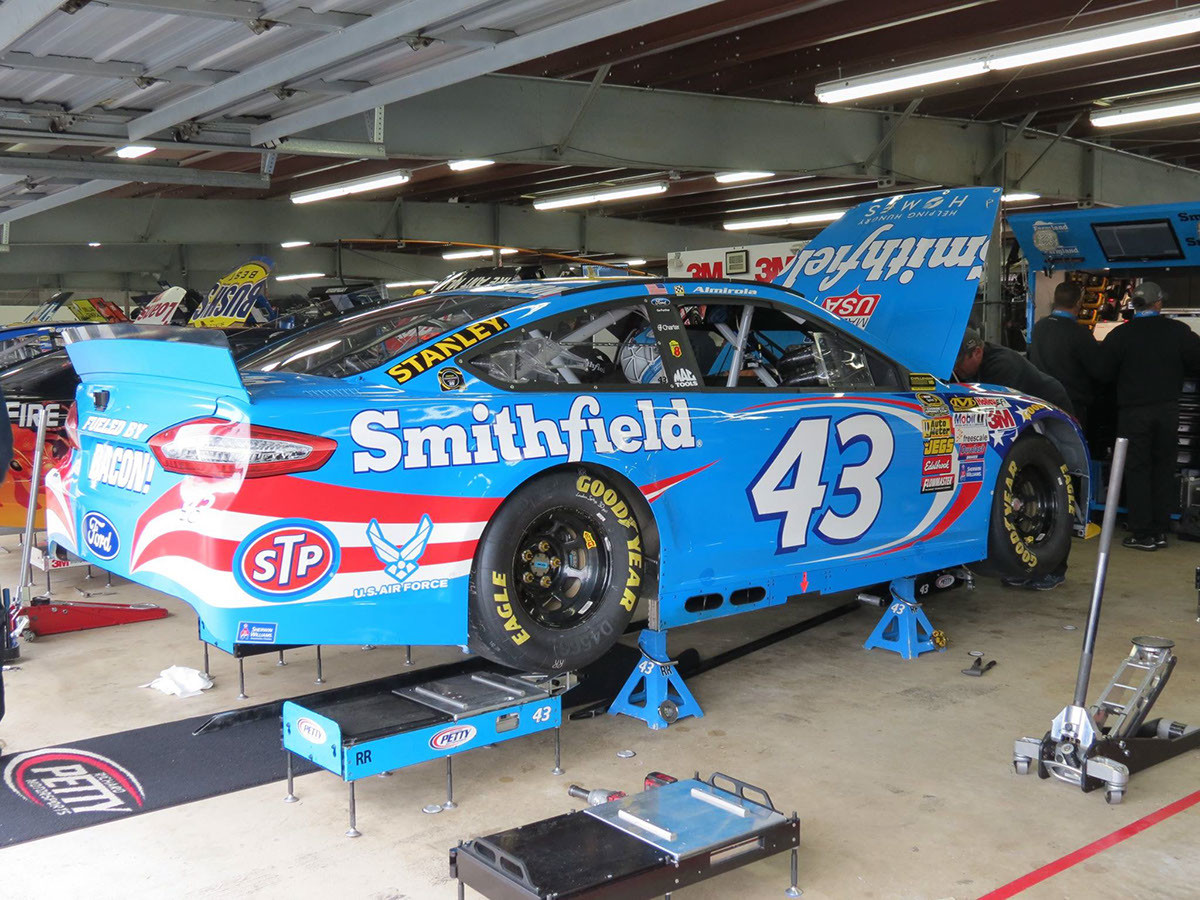 The #43 crew prepping the Smithfield Ford for final practice at New Hampshire Motor Speedway. September 21st, 2014.
