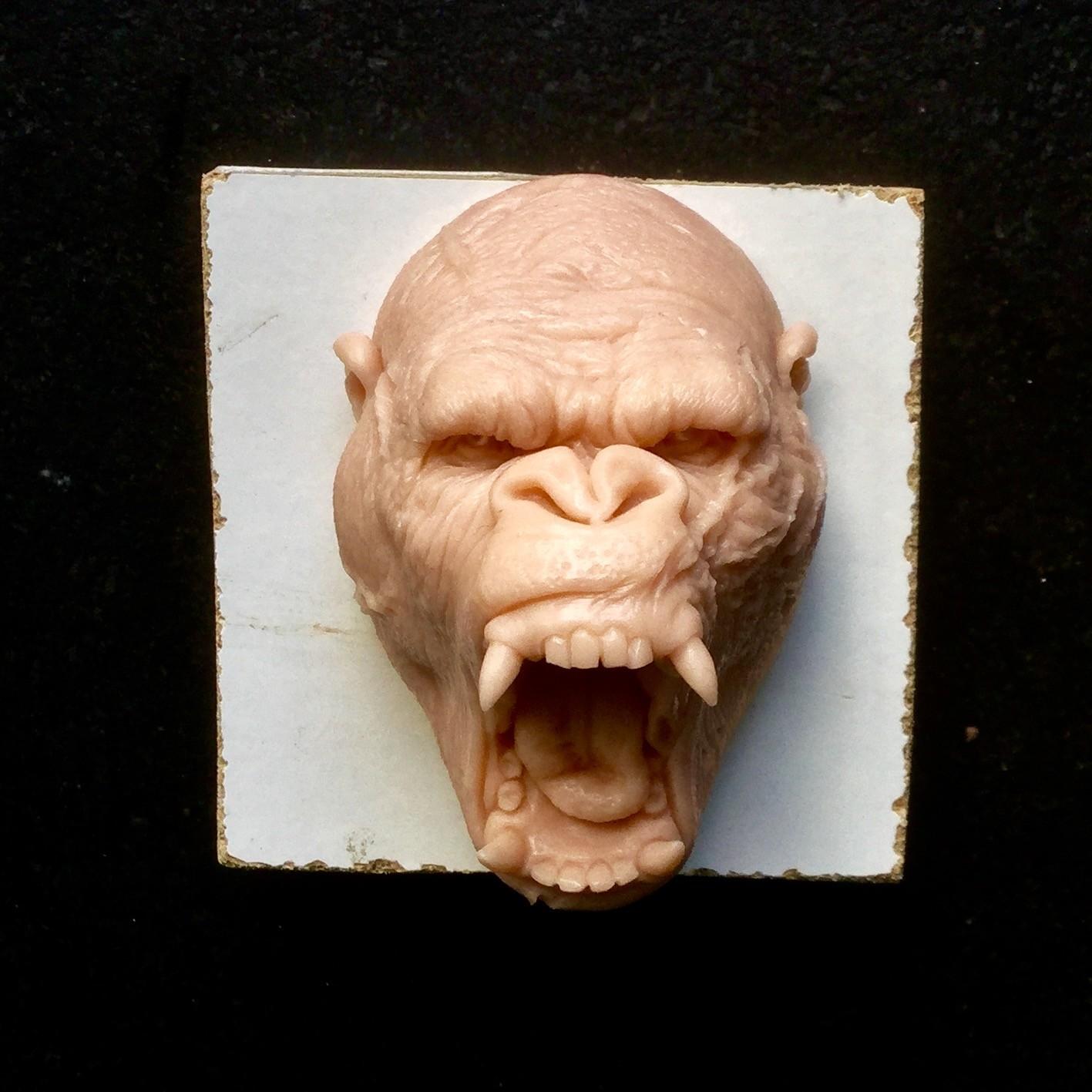 Gorilla/super sculpy/2,5 inches
