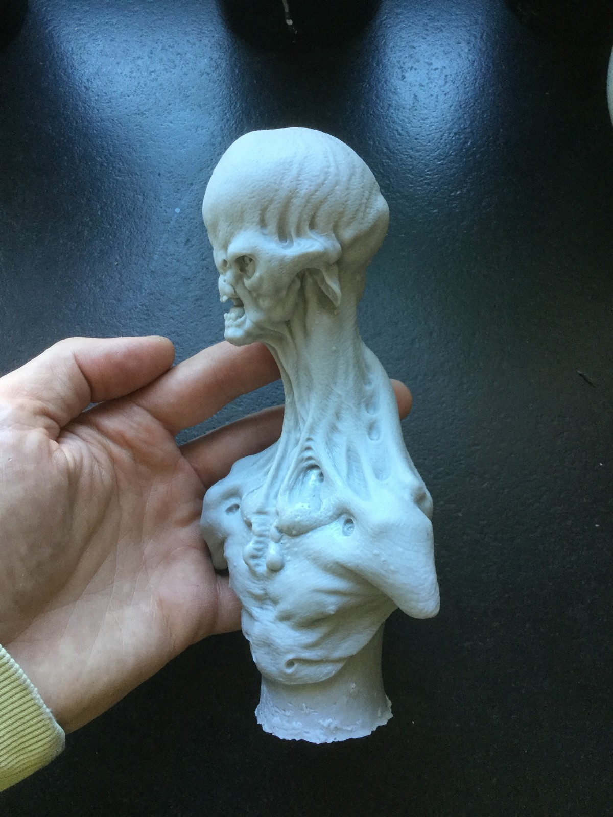 Alien/cast resin