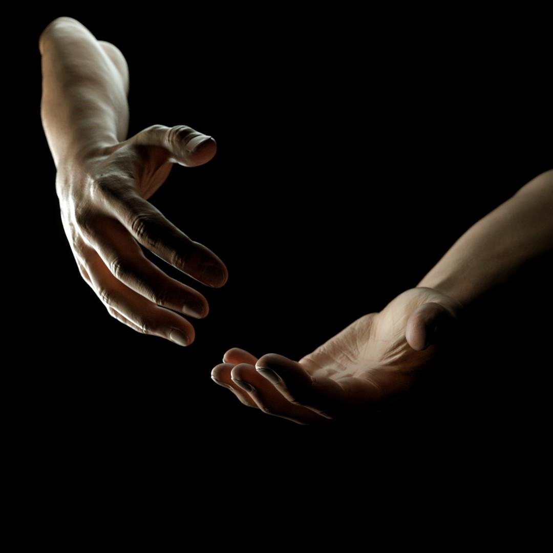 Felix wolf hands 3