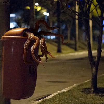 Rafael vallaperde rubish tentacle 01 rt 8bit 03