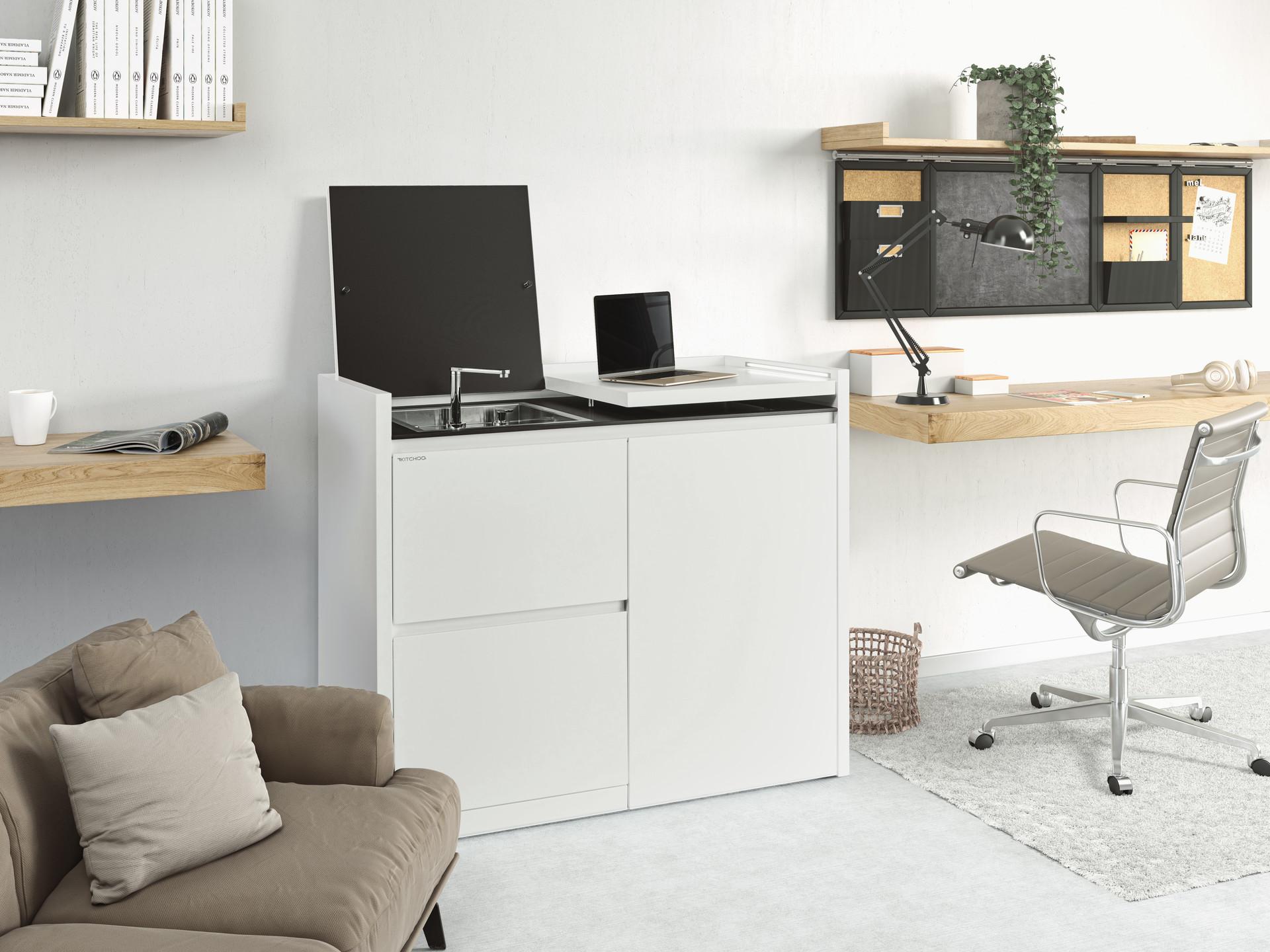 Bartosz domiczek office4
