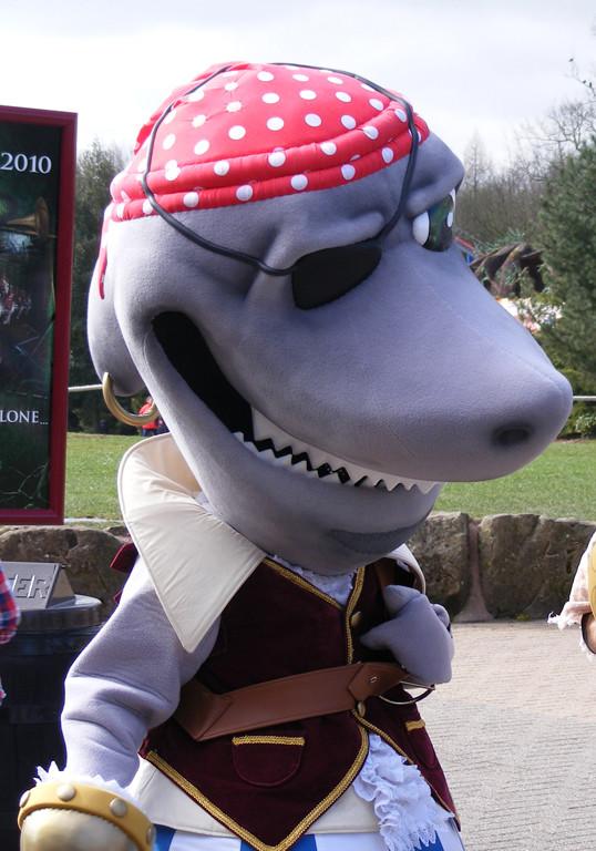 Final Mascot Costume, Alton Towers, Merlin Entertainment