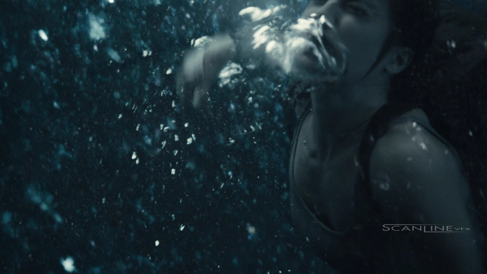 Compositing and integration work I have done in 2018 at Scanline VFX, as a Compositor. Featuring: Tomb Raider.  Green Screen + Full CG Ocean Integration + 2D Elements.