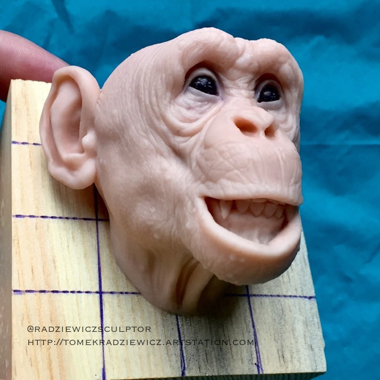 Chimpanzee/super sculpy/ 2,5 inches