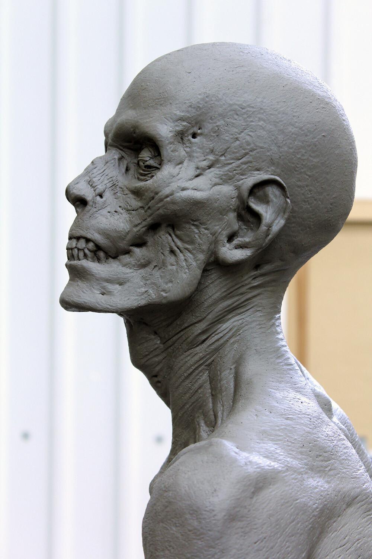 Dark Shadows / Vampire Victim Sculpt