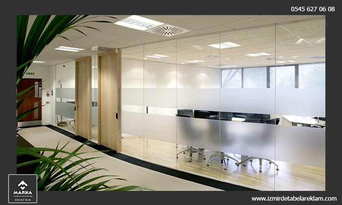 Izmir tabela reklam hizmetleri izmir cam kaplama kumlu cam giydirme ofis 2