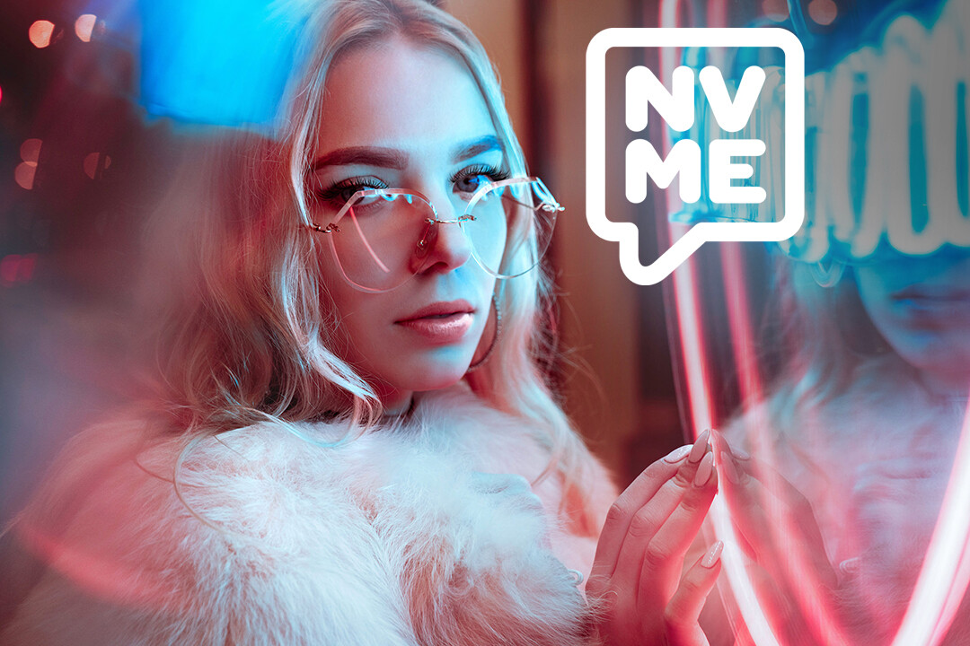 Neon Lights, Street Art and KPOP are some of the references used to create the brand identity. The goal was to be a complete opposite from the pastel girly look some other brands have and adopt a more youth centric visual.