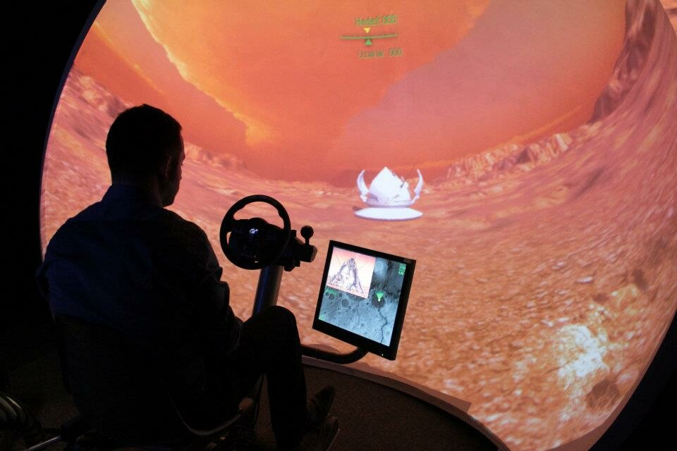 Mars Vehicle Simulator, Doga Schools Astronomy Museum, Dome Projection 2015