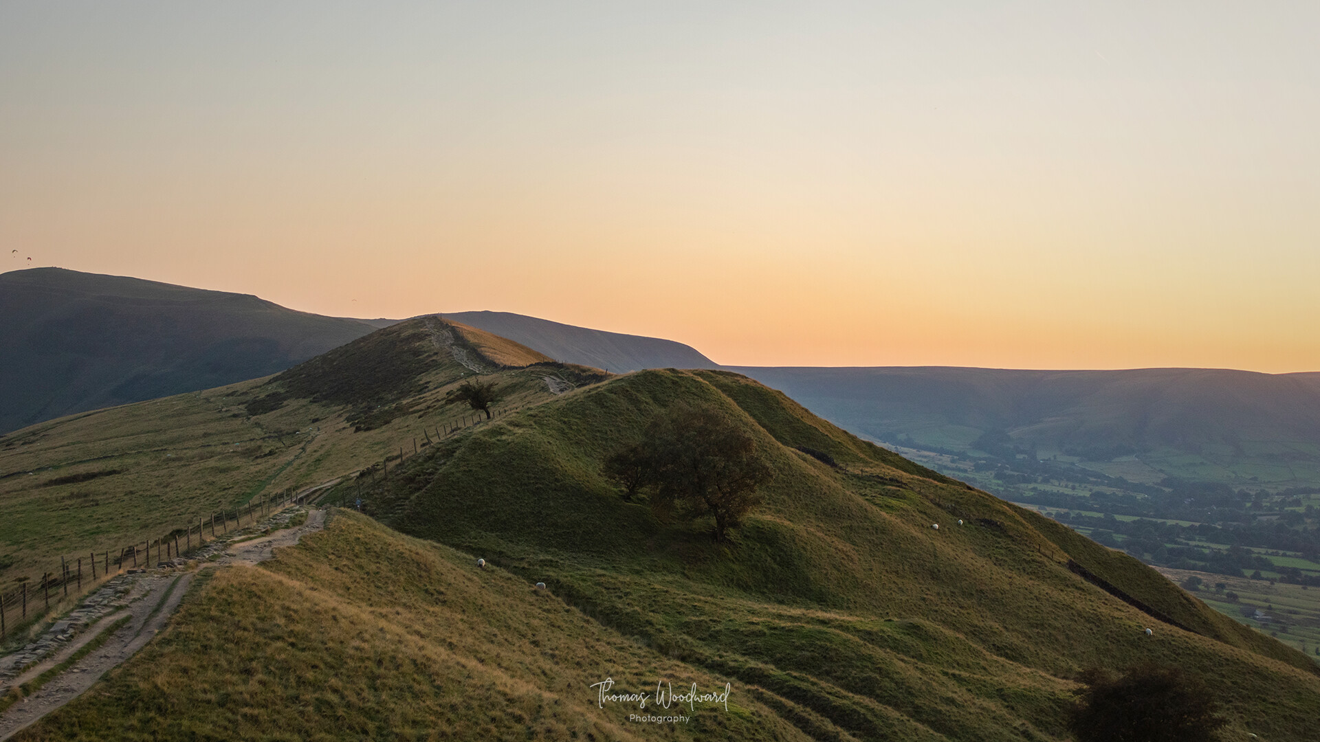 Thomas woodward mam tor evening 16