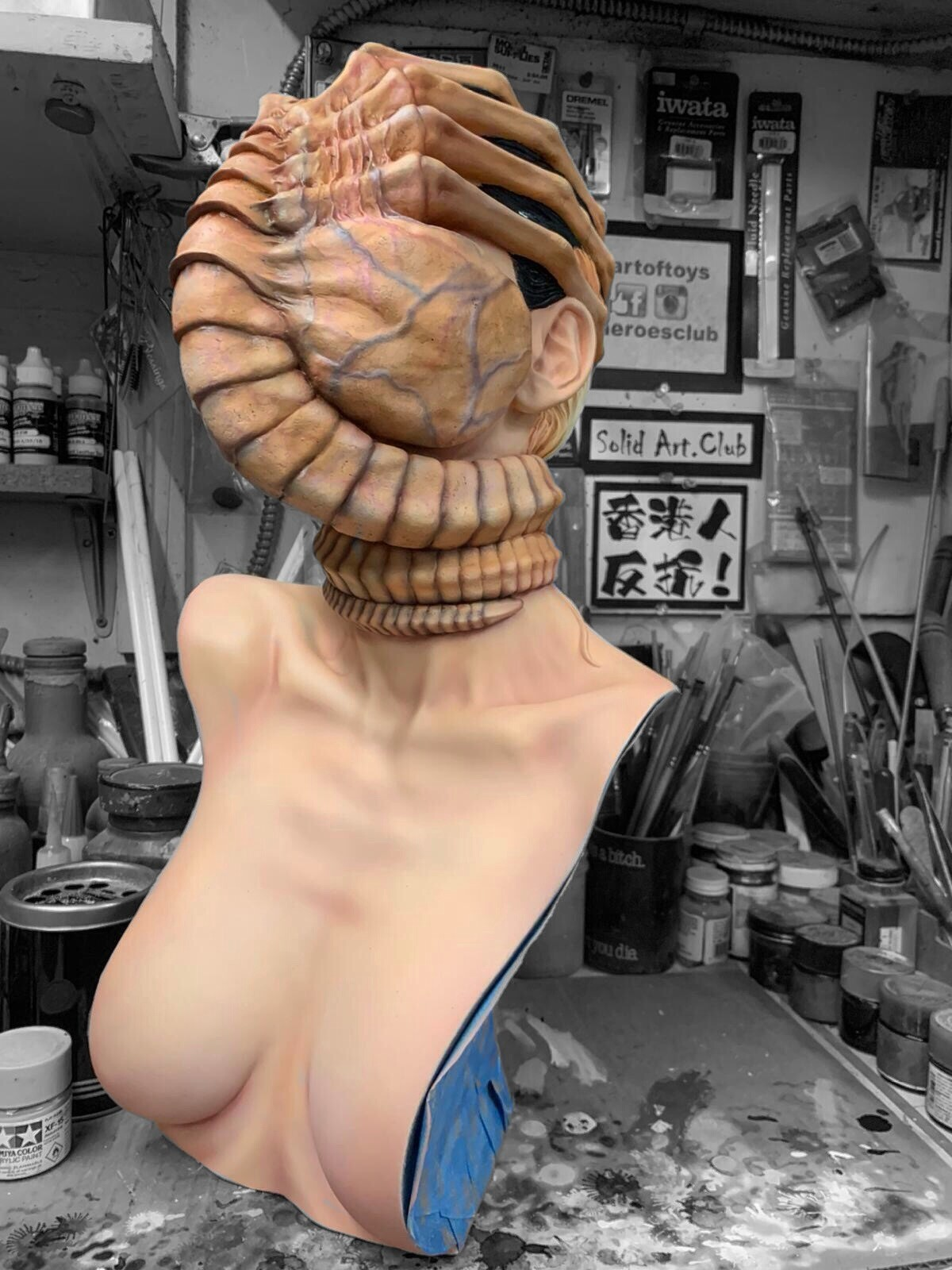 Alien Facehugger The Colonist 1:1 scale Bust Art Statue work in progress...