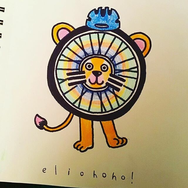 👏🚲This Lion Wheel is the mascot of road safety (in a perfect world!)🚴♂️🚴♀️