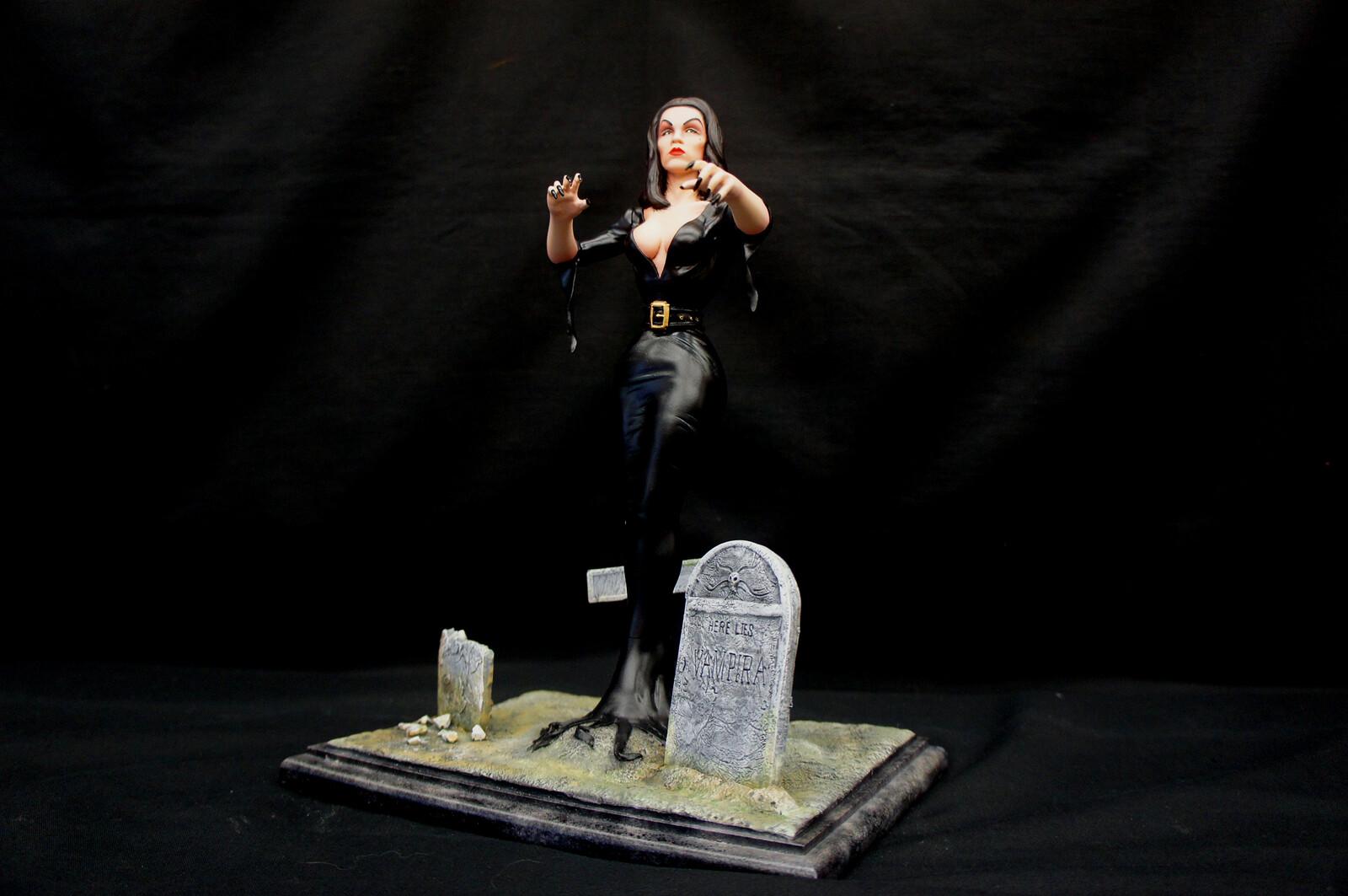 Vampira Art Statue  https://www.solidart.club/