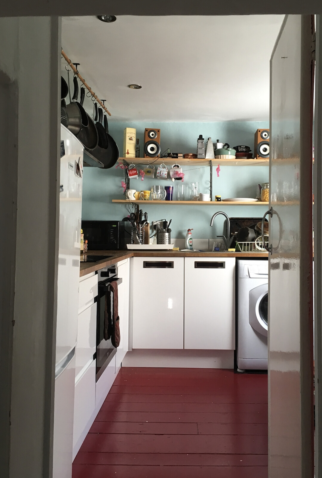 here's the reference, my actual cosy kitchen!
