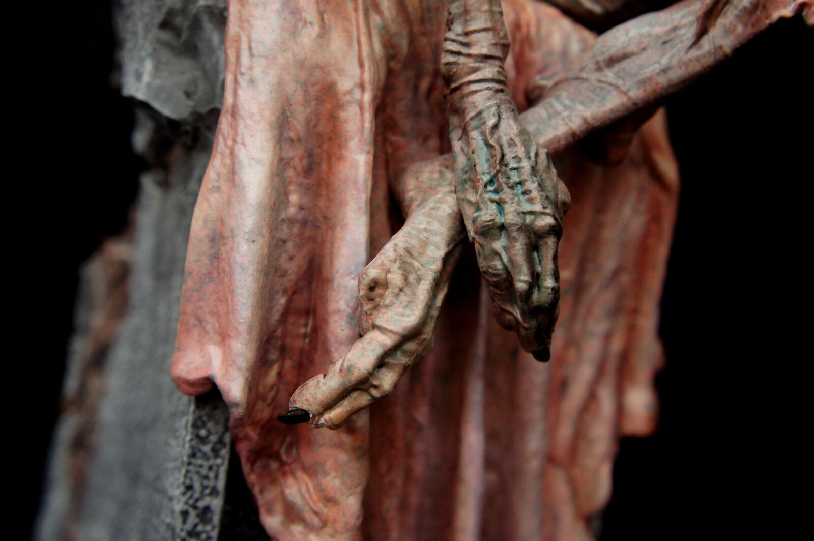 Pleats Art Statue  https://www.solidart.club/