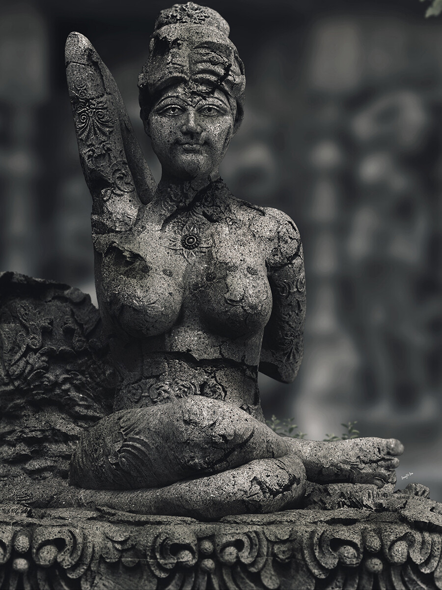 One of my free time Sculptures... Yoga Lady 4.5 Updated version Did some R&D on it Background music- #hanszimmermusic