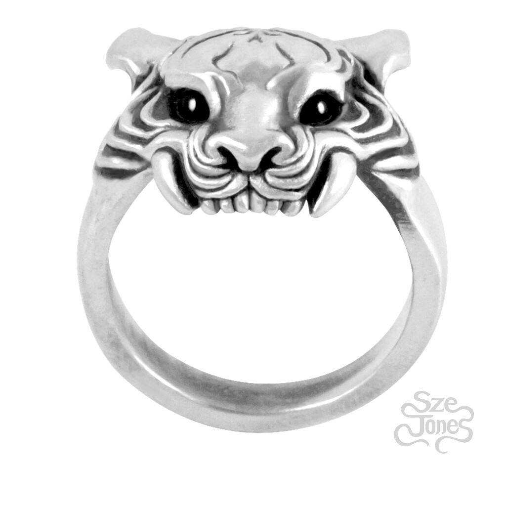 Tiger Ring with Gemstone Eyes