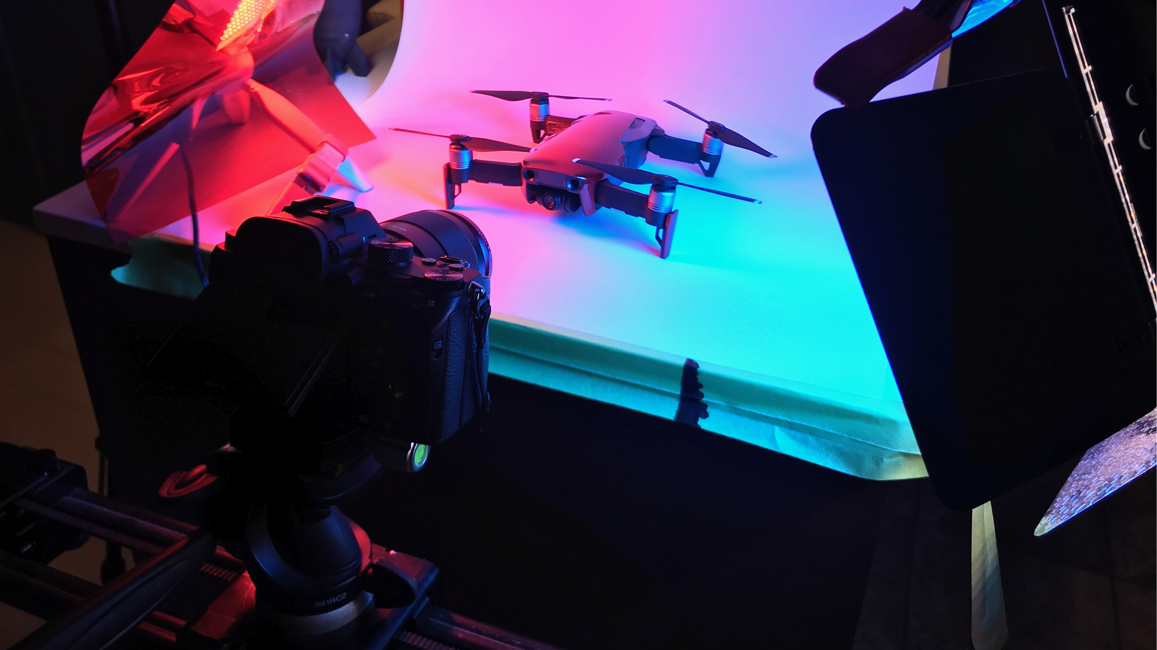 Colourful lighting and a super smooth camera slider.