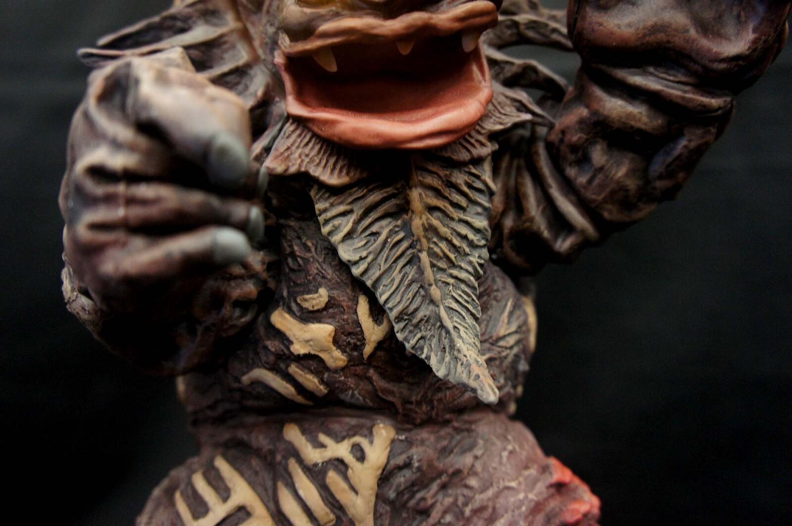Miclas Capsule monster Art Statue ミクラス カプセル怪獣  https://www.solidart.club/