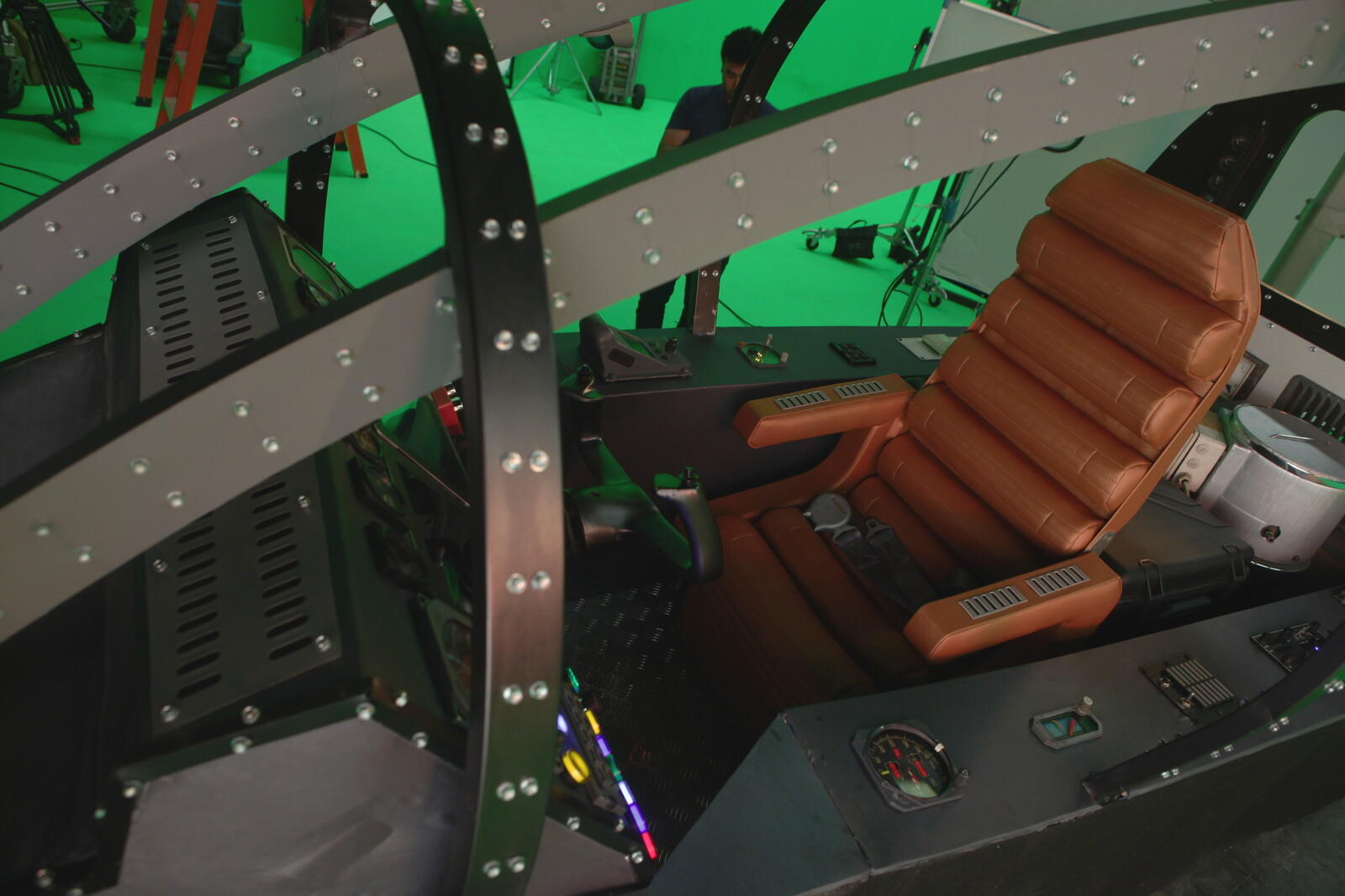 Reference picture of the cockpit