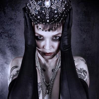 Andrew markert queen