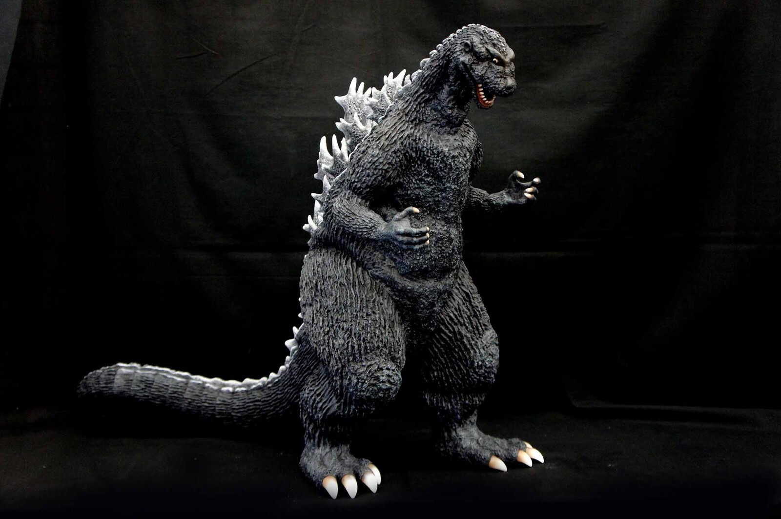 1954 Godzilla 60 cm Art Statue  初代 ゴジラ https://www.solidart.club/