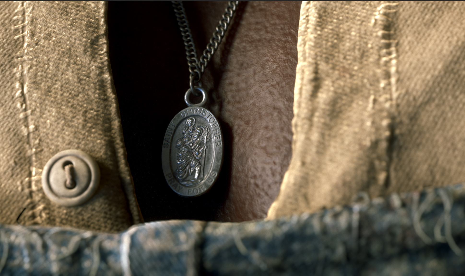 Details Pendant (Mentioned briefly in the film).