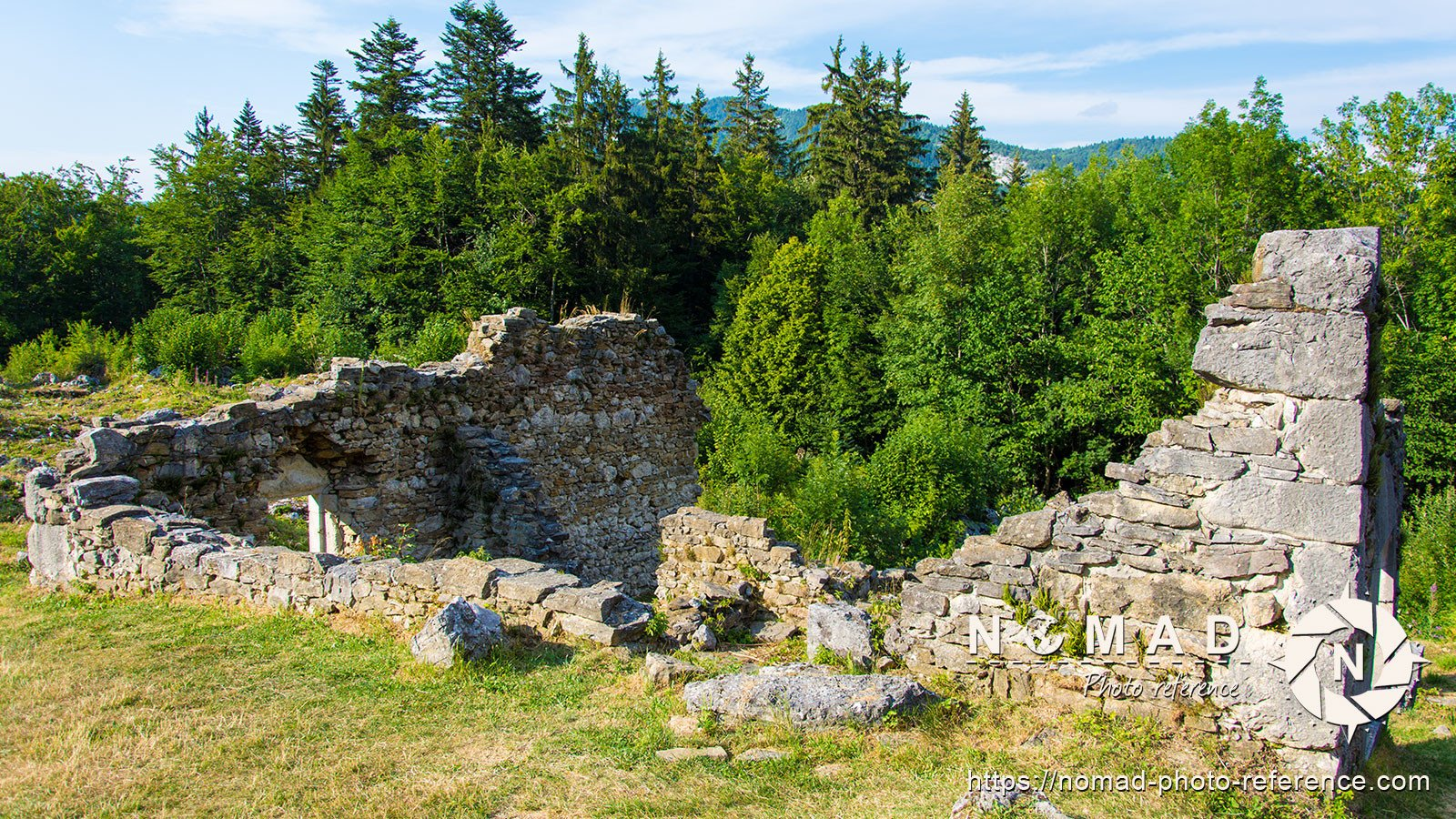 Photo reference pack village ruins 12