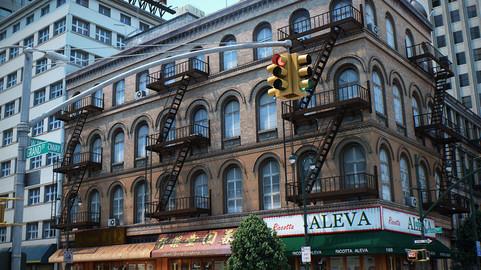 NYC – 4 Blocks – 37 Buildings