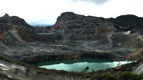 The stone quarry 采石场