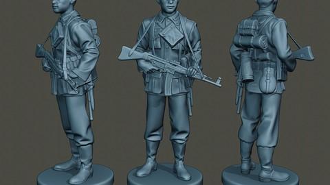 German soldier ww2 Stand Guard G3