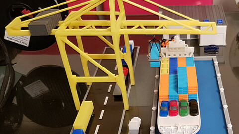 Container Port scale model ( maquette )