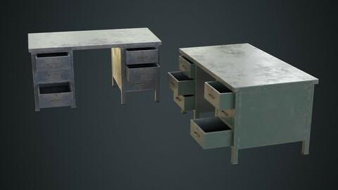 Desk 1C