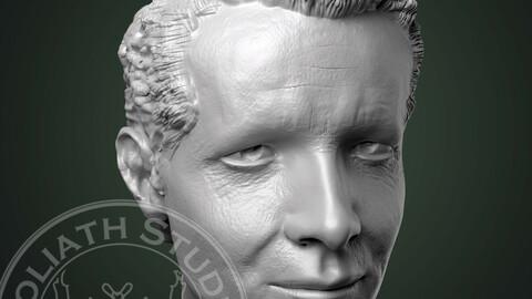 Ryan Reynolds like head sculpture